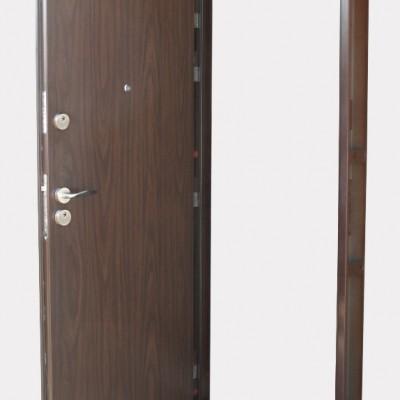 Ușă metalică wenge