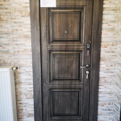 Ușă metalică MINSK 705/4